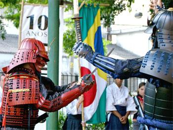 Samurais com Yoroi